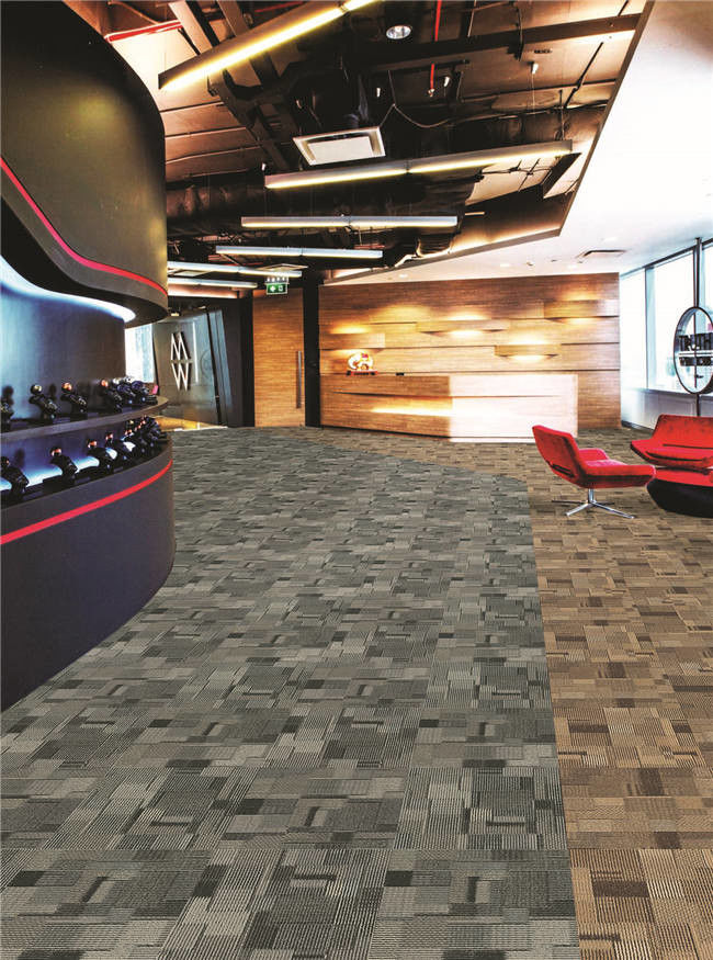 Bar Indoor Carpet Tiles With Tufted Multi - Level Loop Pile Construction