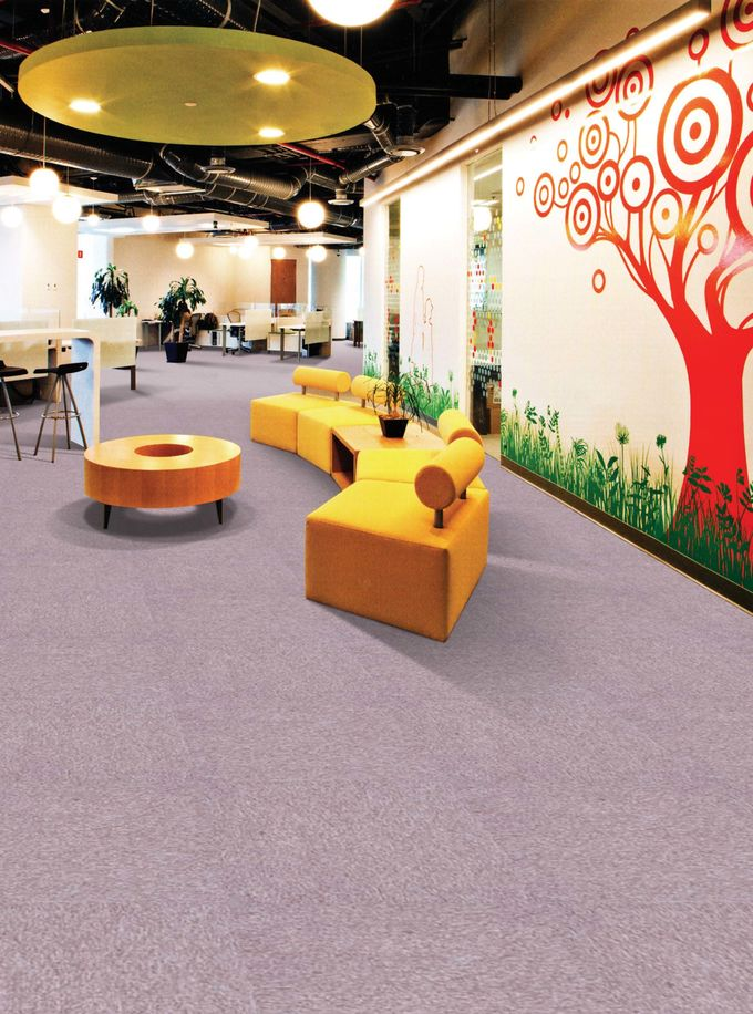 Durable Outdoor Carpet Tiles CE ISO Certified 500 G / M2 Pile Weight