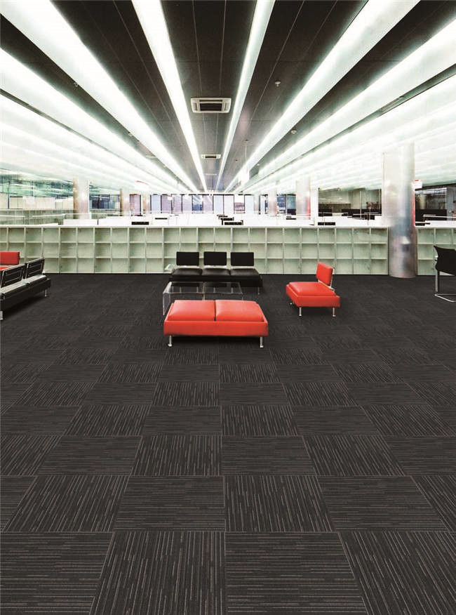 Economy Contemporary PP Carpet Tile Custom Size With Fashion Design